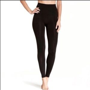 Spanx takes off legging tights